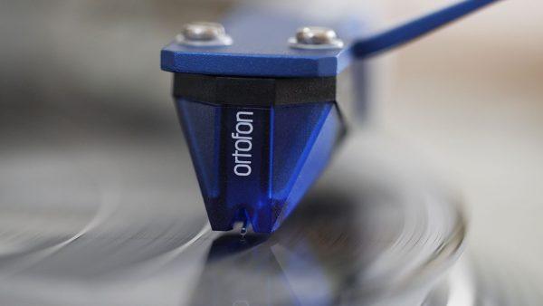 2M-Blue-1-Audio-Elite-Colombia.